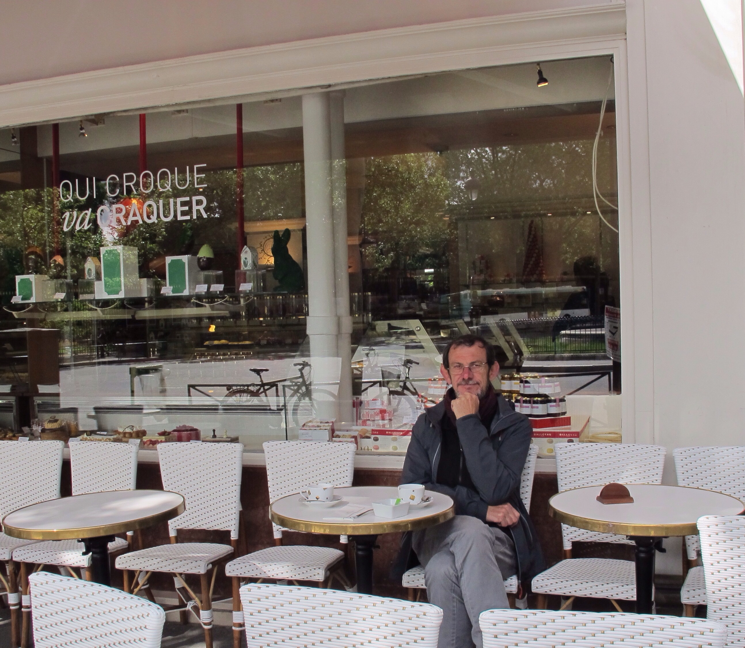 Cafe Near Jardin Du Luxembourg: Travels With Friends